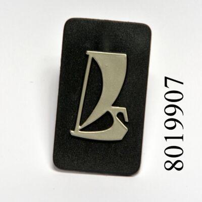 Embléma hűtőrácsra Lada 2107 gyári